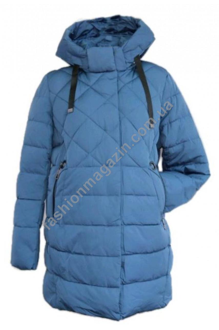 225 # 28 Пальто женское